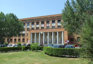 Facultad_de_Farmacia,_Universidad_Complutense_de_Madrid